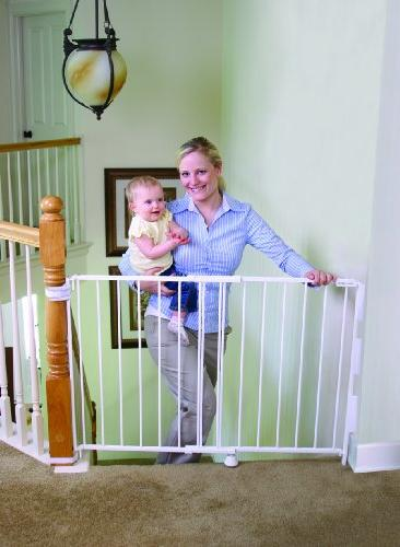 Regalo 2-In-1 Stairway and Hallway Wall Baby Gate, Wall Mounting