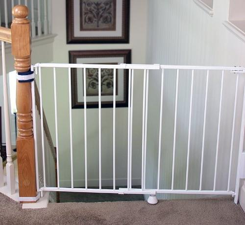 Regalo 2-In-1 and Hallway Gate, Banister and Wall Mounting Kit